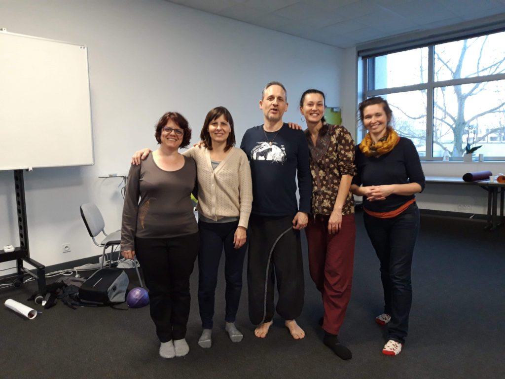 Formation L'alphabet du mouvement avec les formateurs Paul Landon & Ludivine Baubry de l'IMP et mes collègues Feldenkrais Hélène Millardet et Audrey Willmott.